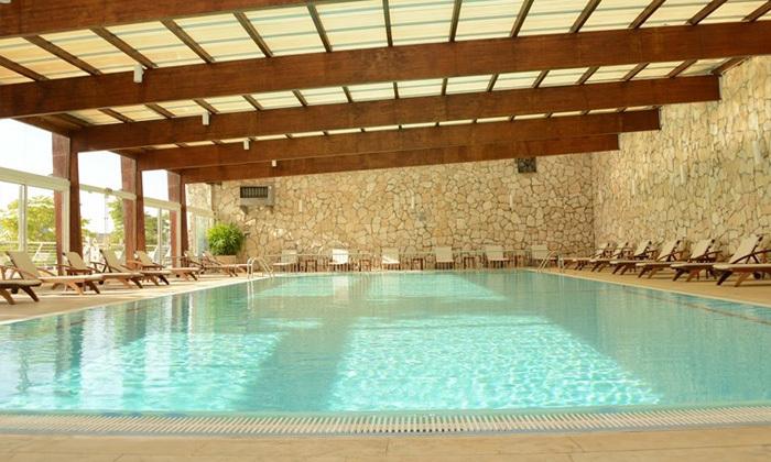 3 חופשת קיץ במלון ישרוטל פונדק רמון