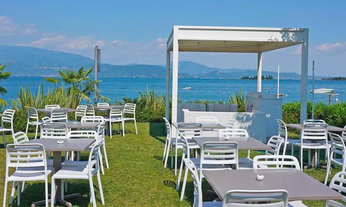 6 קיץ חלומי: 6 לילות בכפר נופש על שפת אגם גרדה, איטליה