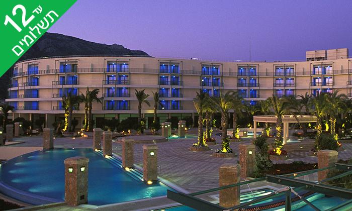 """4 קיץ יווני: 4/5/7 לילות במלון 5* Club Hotel Casino Loutraki ע""""ב חצי פנסיון"""