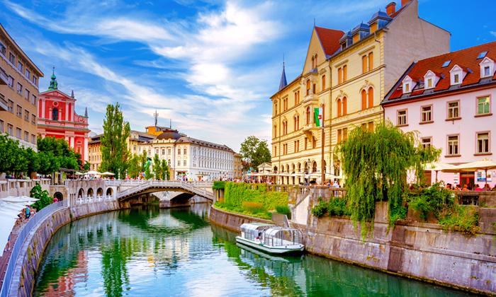 6 חופשת טוס וסעבסלובניה לכל המשפחה עם טיסות והשכרת רכב לכל התקופה