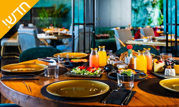 9 עיסוי זוגי במלון LIGHTHOUSE מרשת בראון, תל אביב - אופציה לארוחת בוקר
