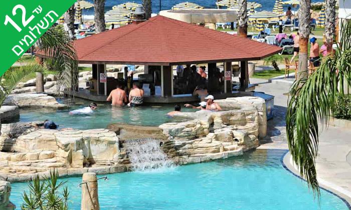 """10 פאפוס ע""""ב הכל כלול במלון Leonardo Cypris Bay עם כניסה לפארק מים"""