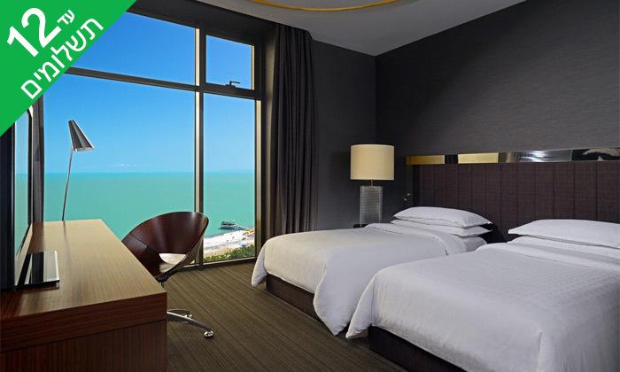"""8 3/4 לילות בבטומי: מלון 5 כוכבים מול הים, גם בסופ""""ש"""