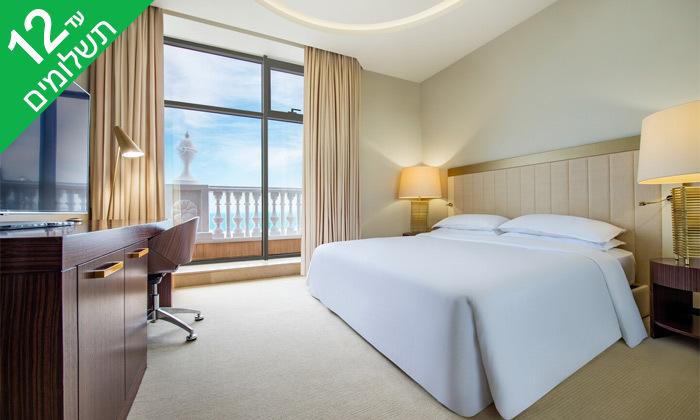 """10 3/4 לילות בבטומי: מלון 5 כוכבים מול הים, גם בסופ""""ש"""