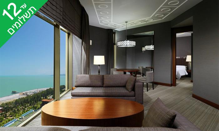 """11 3/4 לילות בבטומי: מלון 5 כוכבים מול הים, גם בסופ""""ש"""