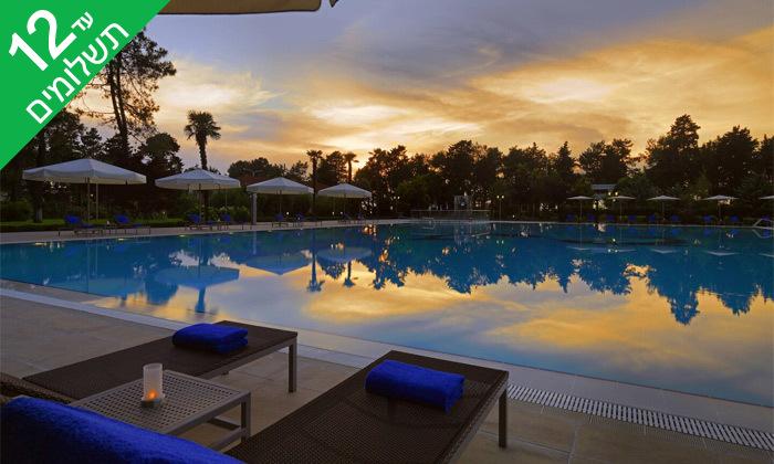 """13 3/4 לילות בבטומי: מלון 5 כוכבים מול הים, גם בסופ""""ש"""