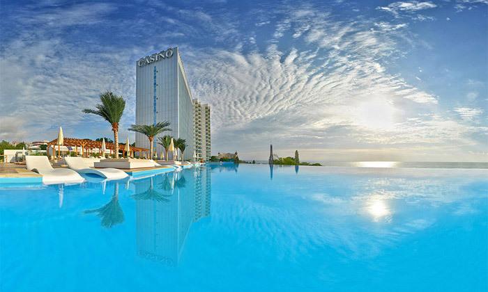 2 החופשה המושלמת בוורנה: 4 לילות במלון International 5 כוכבים עם קזינו