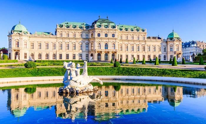 2 חופשת קיץ 4 לילות במלון בוטיק 5 כוכבים בווינה, אוסטריה
