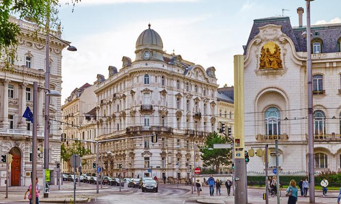 10 קיץ בווינה: 4 לילות במלון מרכזי, כולל טיסות אל על