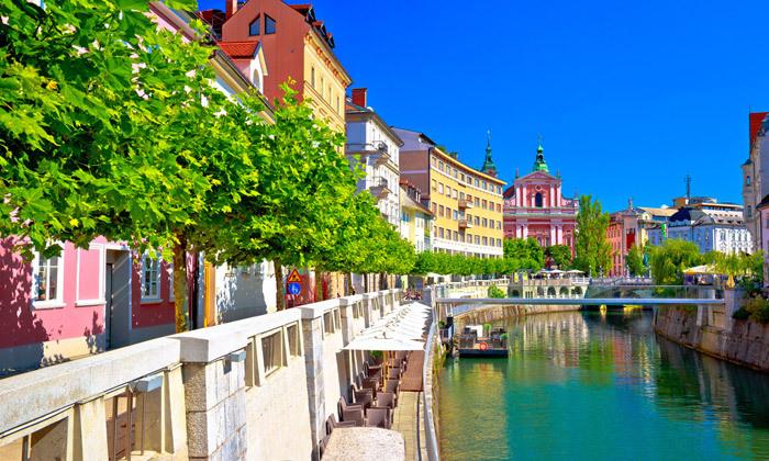 2 יולי אוגוסט בלובליאנה, סלובניה: 7 לילות במלון לבחירה