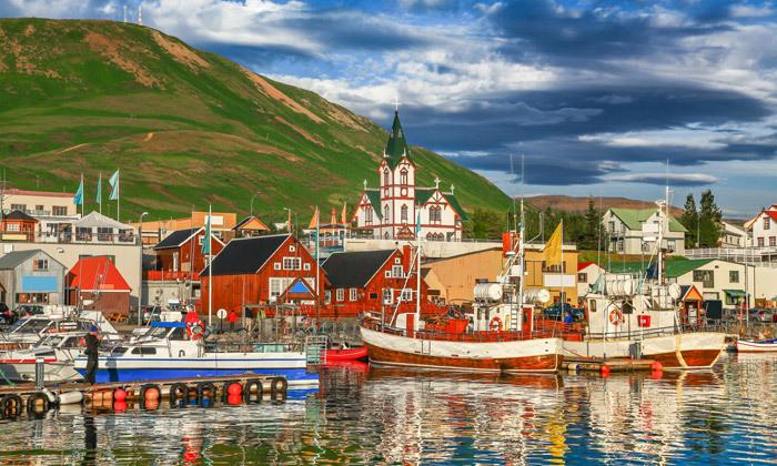 5 טיול מאורגן באוגוסט לאיסלנד: 9/10 ימים באי של קרח, אש ונופים