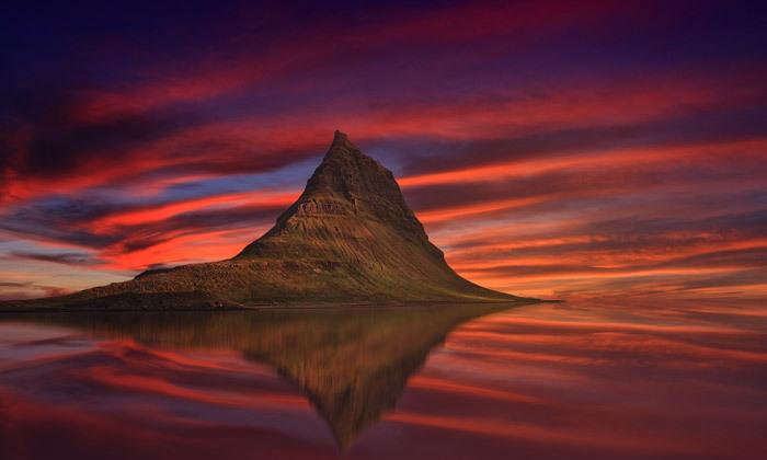12 טיול מאורגן באוגוסט לאיסלנד: 9/10 ימים באי של קרח, אש ונופים