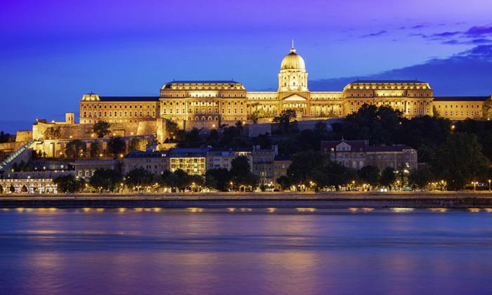 3 סלין דיון בבודפשט: טיסות ישירות, 3 לילות במלון לבחירה והופעה של הדיווה העל זמנית
