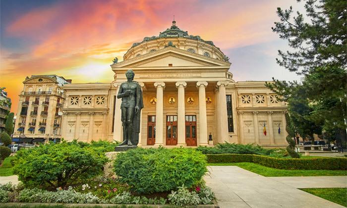 10 ניקוס ורטיס בבוקרשט, רומניה: טיסות ישירות, 4 לילות במלון לבחירה והופעה שהיא חגיגה יוונית