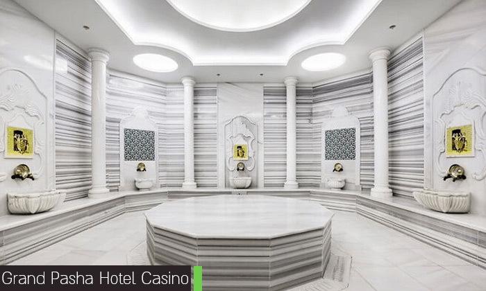 12 חופשת קיץ בקפריסין הצפונית:2-4 לילות במלון 5 כוכבים לבחירה עם קזינו