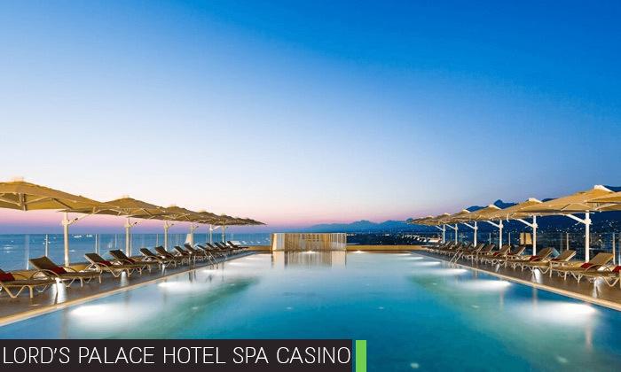 4 חופשת קיץ בקפריסין הצפונית:2-4 לילות במלון 5 כוכבים לבחירה עם קזינו