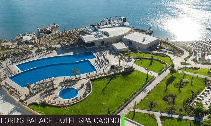 11 חופשת קיץ בקפריסין הצפונית:2-4 לילות במלון 5 כוכבים לבחירה עם קזינו