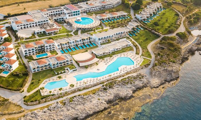 3 חופשת אולטרה הכל כלול בקיץ ובחגים ברודוס: 2-7 לילות במלון 5 כוכבים