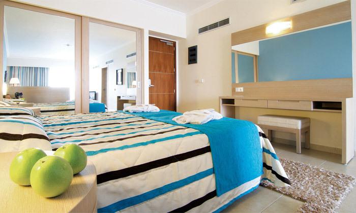 8 חופשת אולטרה הכל כלול בקיץ ובחגים ברודוס: 2-7 לילות במלון 5 כוכבים