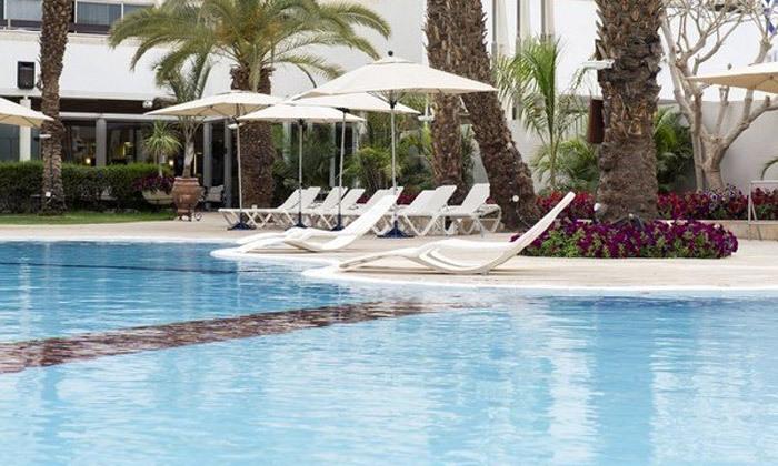 """9 חוגגים את סוף הקיץ באילת: סופ""""ש משפחתי במלון קיסר עם הופעות של טל מוסרי ורוי בוי"""