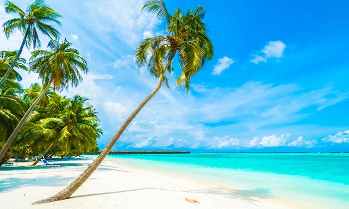 5 חופשה באי טרופי: טיסות ישירות למלדיביים בסוכות