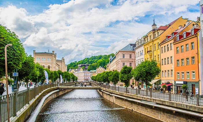 """7 ספטמבר-אוקטובר בעיירת הספא קרלובי וארי, צ'כיה: 7 לילות ע""""ב חצי פנסיון כולל  10 טיפולים לבחירה"""