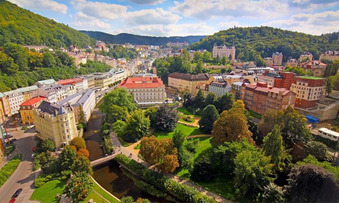 """2 ספטמבר-אוקטובר בעיירת הספא קרלובי וארי, צ'כיה: 7 לילות ע""""ב חצי פנסיון כולל  10 טיפולים לבחירה"""