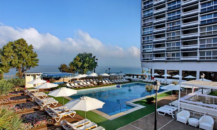 2 אוקטובר מול הים במלון העונות, נתניה