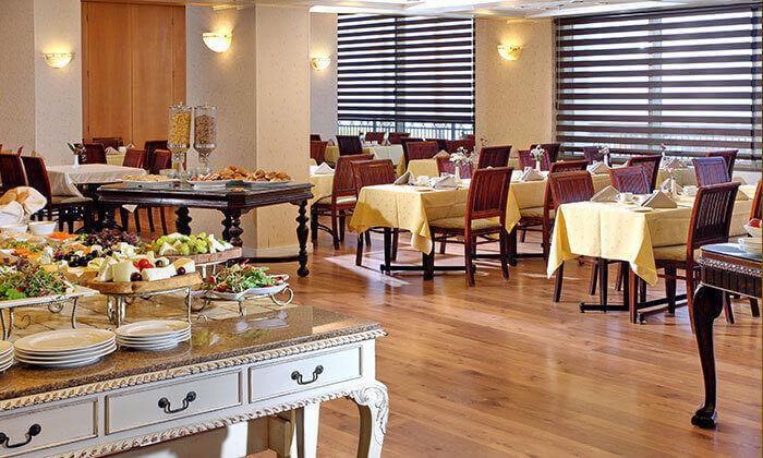 7 אוקטובר מול הים במלון העונות, נתניה