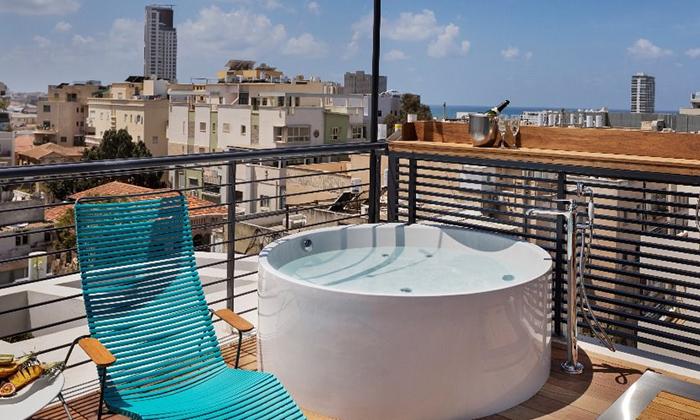 """4 חופשה אורבנית בלב תל אביב: לילה לזוג במלון הבוטיק Sam&Blondi, אופציה לסופ""""ש"""
