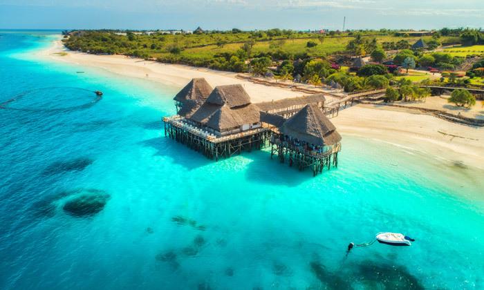 7 8 ימים בגן עדן: טיסות ישירות לזנזיבר עם מזוודות, גם בסוכות