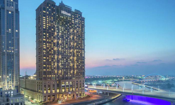 5 חופשה מהסרטים בדובאי: 3-7 לילות במלון 5 כוכבים מרשת Hilton עם טיסות ישירות, גם בחגים