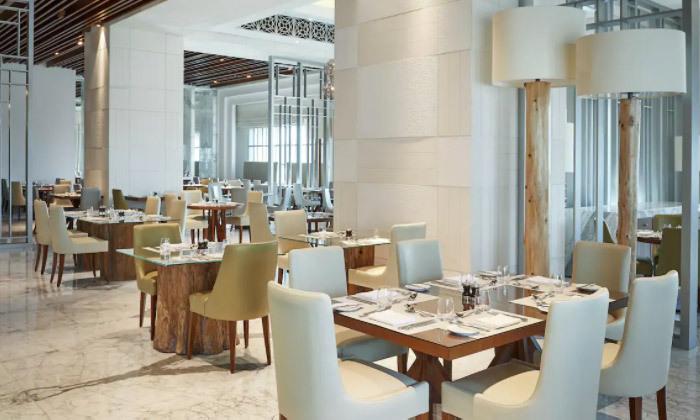 6 חופשה מהסרטים בדובאי: 3-7 לילות במלון 5 כוכבים מרשת Hilton עם טיסות ישירות, גם בחגים
