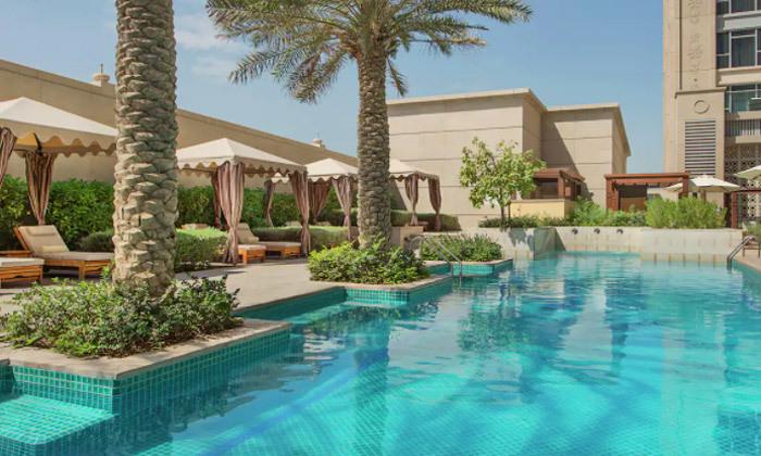 8 חופשה מהסרטים בדובאי: 3-7 לילות במלון 5 כוכבים מרשת Hilton עם טיסות ישירות, גם בחגים