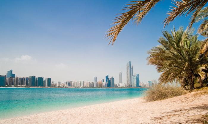 3 חופשה מהסרטים בדובאי: 3-7 לילות במלון 5 כוכבים מרשת Hilton עם טיסות ישירות, גם בחגים