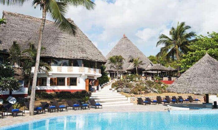 """10 חופשת החלומות בזנזיבר: 6/7 לילות במלון 5 כוכבים Karafuu ע""""ב הכל כלול, כולל העברות, גם בסוכות"""