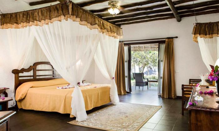 """14 חופשת החלומות בזנזיבר: 6/7 לילות במלון 5 כוכבים Karafuu ע""""ב הכל כלול, כולל העברות, גם בסוכות"""