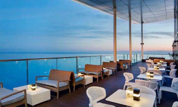 7 נופש בבטומי: 3/4 לילות במלון 5 כוכבים Hilton, טיסות ישירות והעברות