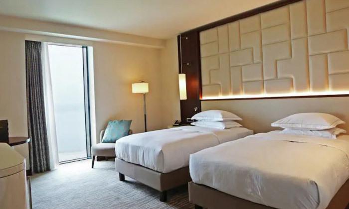 11 נופש בבטומי: 3/4 לילות במלון 5 כוכבים Hilton, טיסות ישירות והעברות