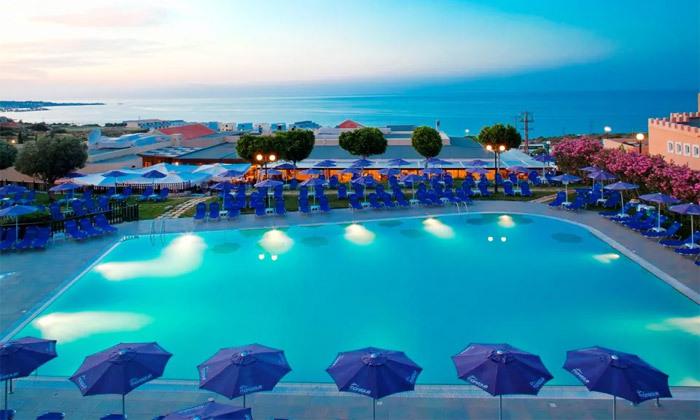 5 הכל כלול למשפחות בכרתים: 3-7 לילות במלון עם פארק מים, טיסות ישירות והעברות, גם בסוכות