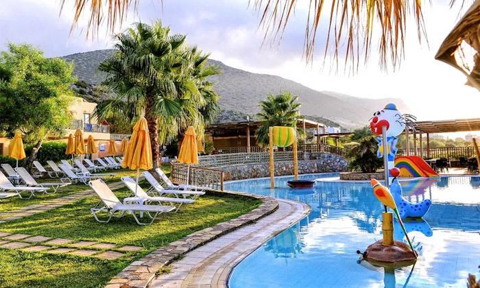 7 הכל כלול למשפחות בכרתים: 3-7 לילות במלון עם פארק מים, טיסות ישירות והעברות, גם בסוכות