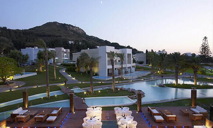 """2 ספטמבר ברודוס: 3-7 לילות במלון 5 כוכבים Rodos Palace Hotel ע""""ב חצי פנסיון עם טיסות ישירות, גם בסוכות"""