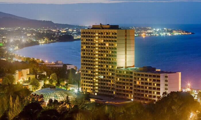 """9 ספטמבר ברודוס: 3-7 לילות במלון 5 כוכבים Rodos Palace Hotel ע""""ב חצי פנסיון עם טיסות ישירות, גם בסוכות"""