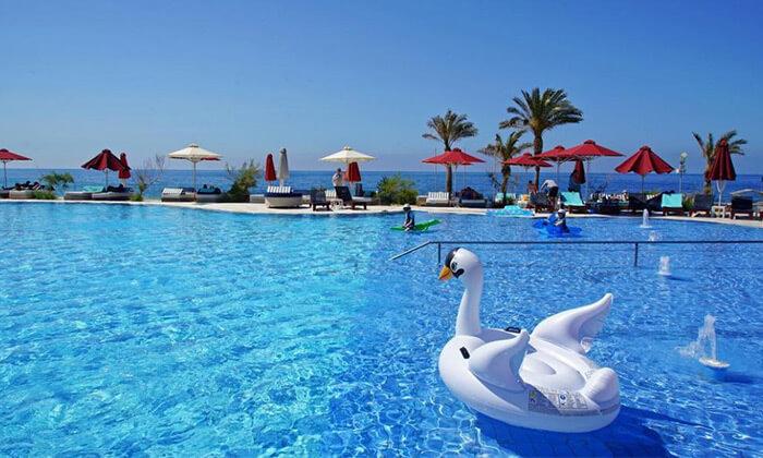 8 ספטמבר-אוקטובר הכל כלול בכרתים: 3-7 לילות במלון 5 כוכבים עם חוף פרטי, טיסות ישירות והעברות