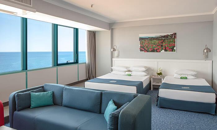 """13 5 כוכבים בוורנה: 2-7 לילות באוקטובר, מלון International על החוף ע""""ב חצי פנסיון"""