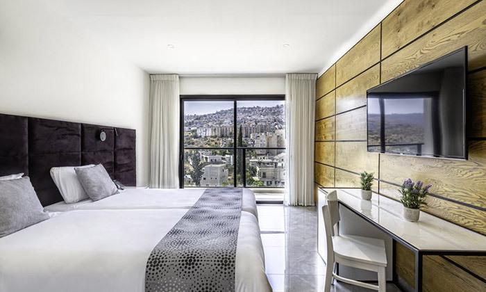"""13 חופשת אוקטובר במלון דייז טבריה Dys המחודש, אופציה לסופ""""ש"""
