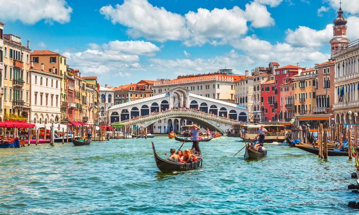 5 לספונטניים - סוכות בצפון איטליה: טיול מאורגן ל-7 ימים כולל ורונה, אגם גארדה ועוד