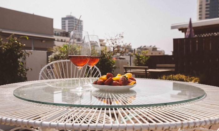 6 חבילות עיסוי עם כוס קאווה במלון אליוט, תל אביב