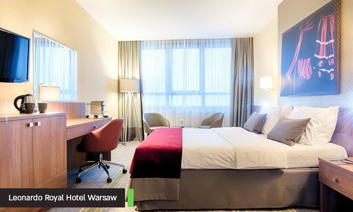 6 אד שירן בוורשה: 3-4 לילות במלון לבחירה עם ארוחות בוקר, טיסות ישירות והופעה של כוכב הפופ