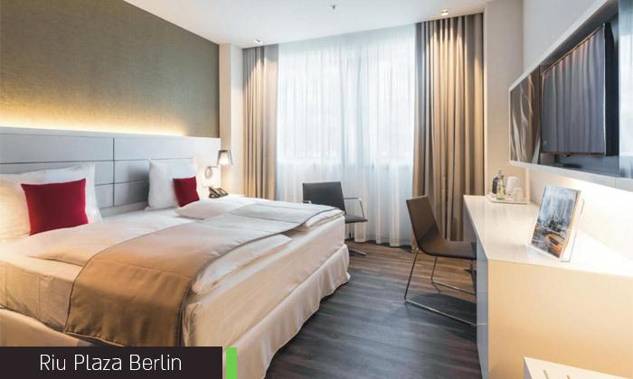 11 אלטון ג'ון בגרמניה: 4 לילות במלון לבחירה בברלין וכרטיס והעברות להופעה בלייפציג של האיש והפסנתר